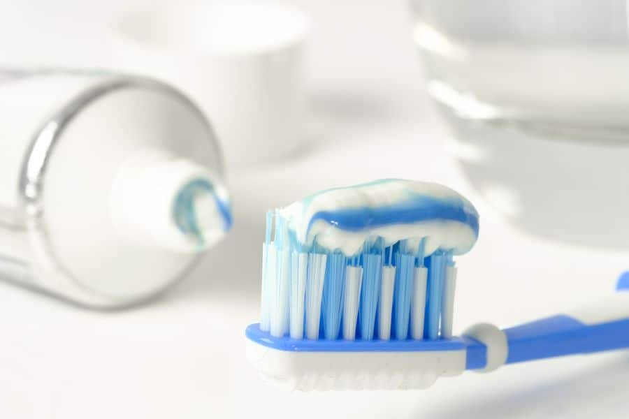 Why Dentists Recommend Fluoride Toothpaste